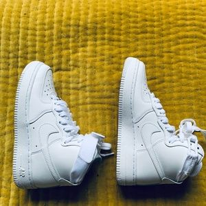 Women's Air Force 1 high size W5